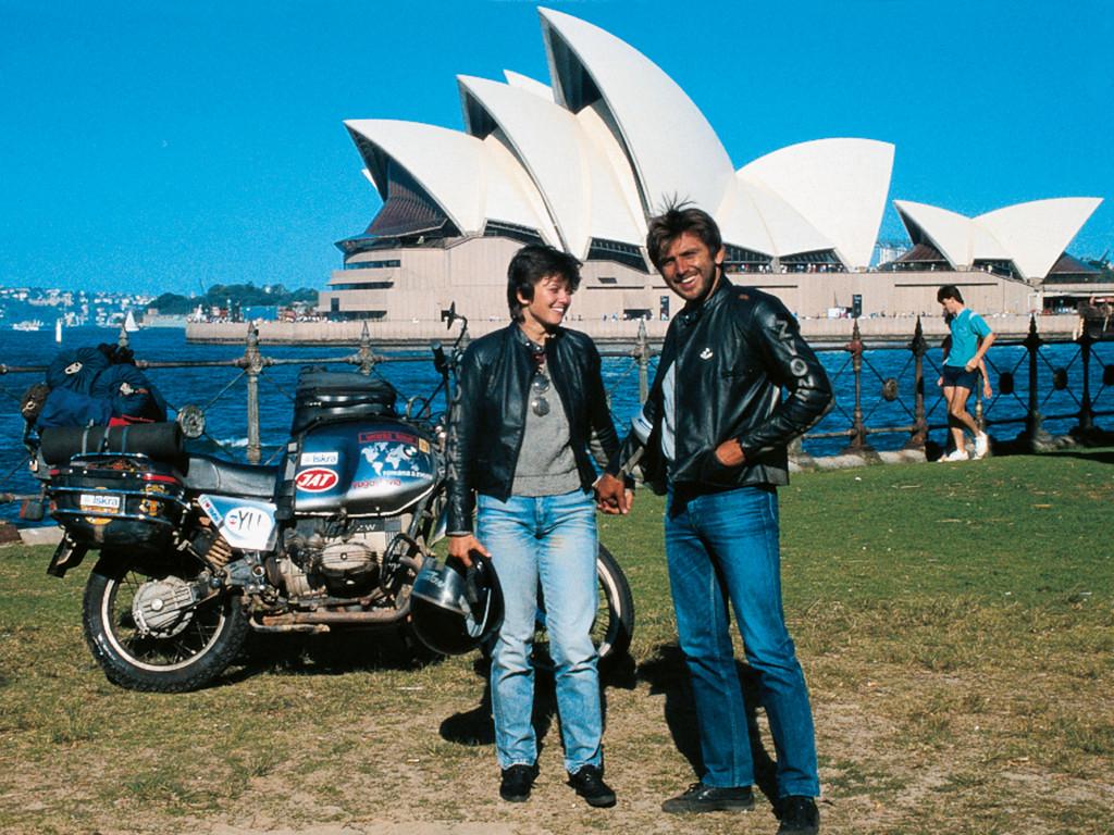 Z ženo Romano pred Sydneysko opero na poti okoli sveta, 1985.